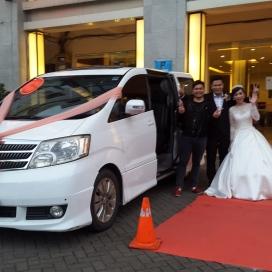 sewa mobil pengantin alphard dan decor paling murah di jakarta