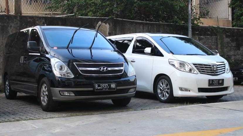 harga sewa mobil di depok rental