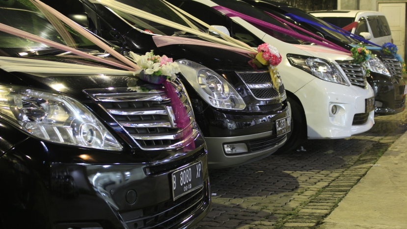 sewa wedding car cibubur