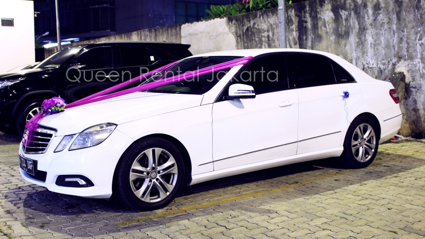 harga sewa mobil mercy di Cilegon Jakarta Timur